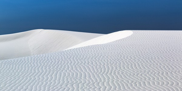 White sand dunes, by Samuel Fee
