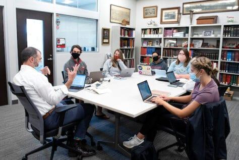 David Kieran teaching a seminar class